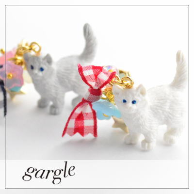 【gargle/ガーグル】kitten parade【イヤリング】DM便可能 ねこ 猫 ネコ リボン シャムネコ かわいい 大きい 目立つ 揺れる アクセサリー 白 ホワイト...
