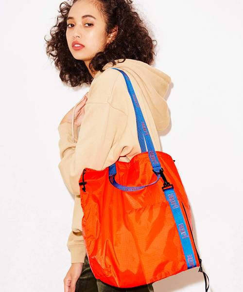 PACKABLE NYLON TOTE BAG
