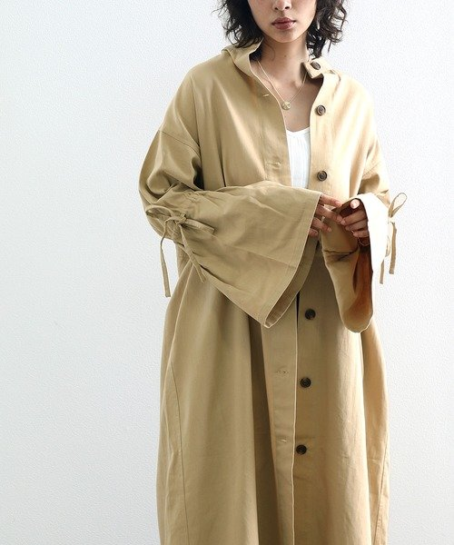 Classical Elf × malevieノーカラー袖フリルコットンボタン留めロング丈ガウンコート
