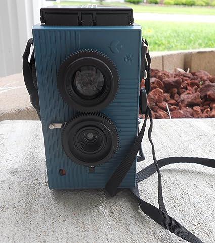 【blackbird, fly(ブルー)】35mmフィルム仕様の2眼レフ 広角レンズでビビッドで美しい写り。ホルガロモなどのトイカメラファンも必見のブラックバードフライです。